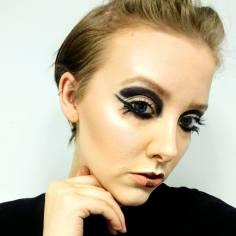 Avant Garde Make Up